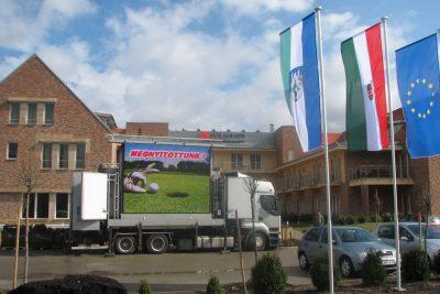 rendezvénysátor, mobil lelátó, ledfalas rendezvény kamion, légtorna tissue produkciók